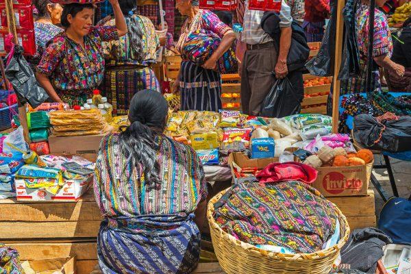 Antigua / Chichicastenango (market) / Lake Atitlan