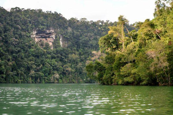 Flores / Rio Dulce  (Cascade d'eau chaude) / Livingston